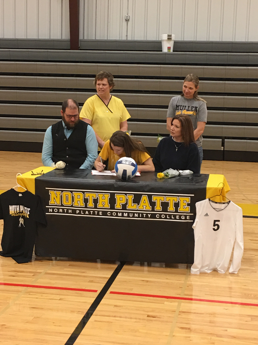 Aly signing